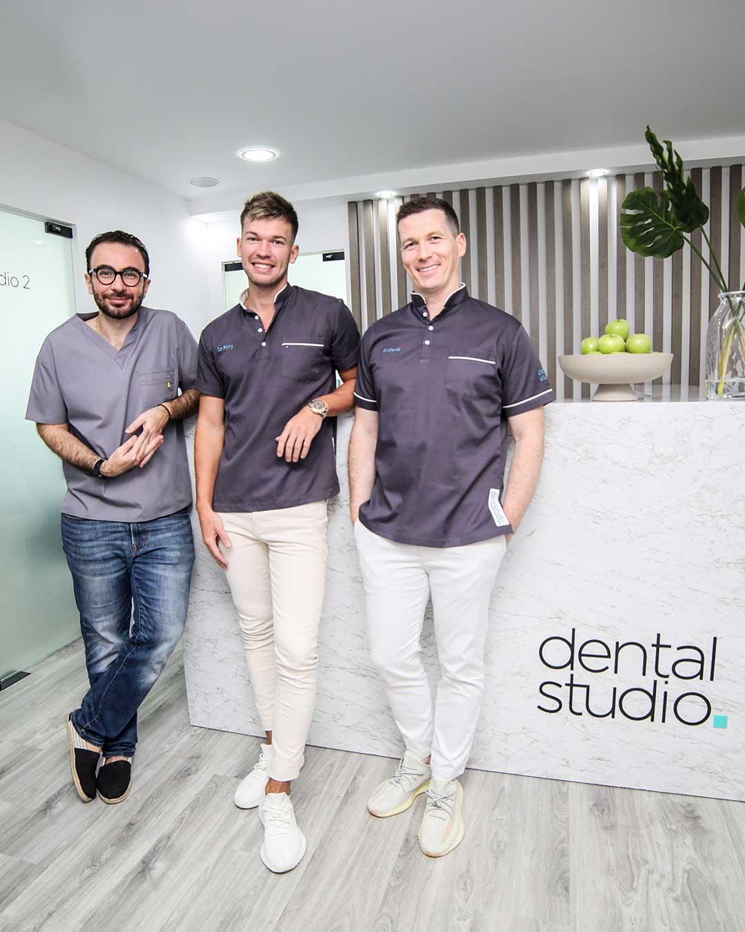Dentists in Tecom